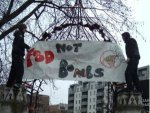 Food Not Bombs in Altab Ali park