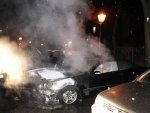 Again two arsons against upperclass cars