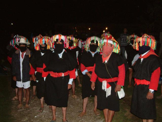 zapatistas in thier traditional clothes