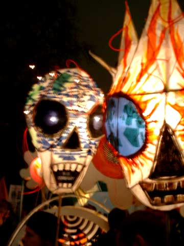 Pix from burning planet unwelcome bush protest to us for Puppet consul