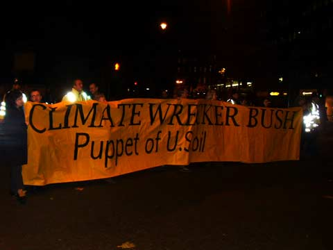 climate wrecker bush - puppet of US oil