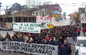 5000 people demonstrated in Neuquén on 19th of august for the expropriation