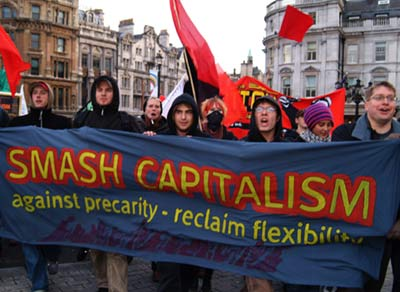 Anti capitalists enter the square