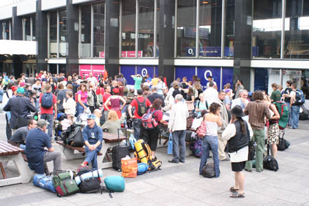 SWT Crowd waiting at Euston