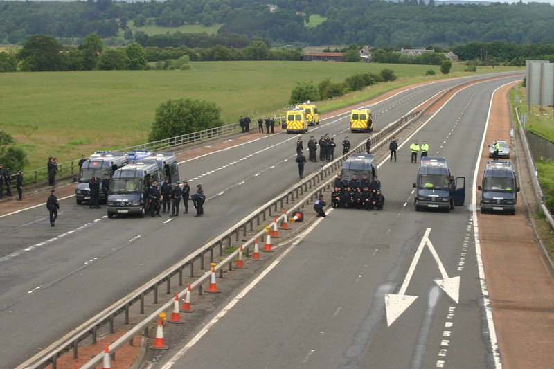 Police on the M9