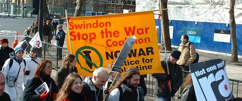 Swindon Stop the War banner