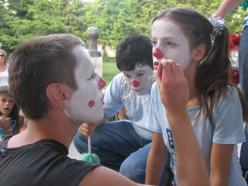 Painting faces...