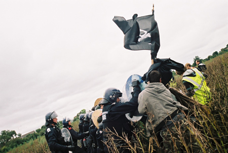 Police tactics used as we were kettled in the broad bean field