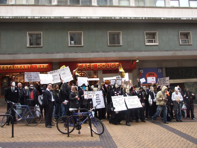 protesters outside the CoS on Ethel St, off New Street