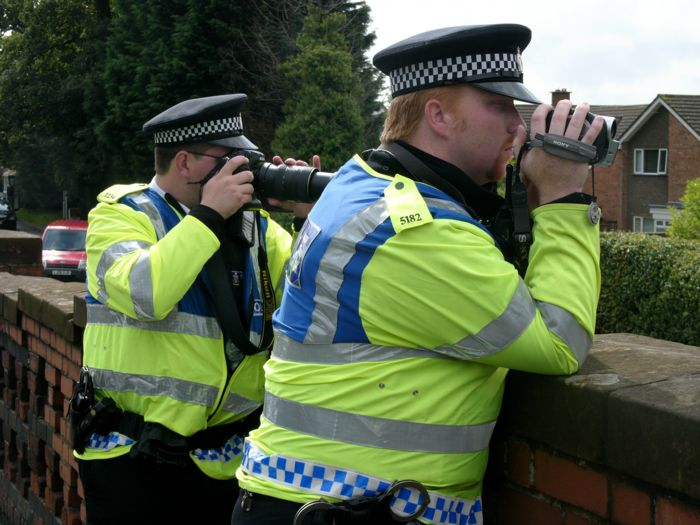 Thames Valley Police FIT carry out a surveillance operation