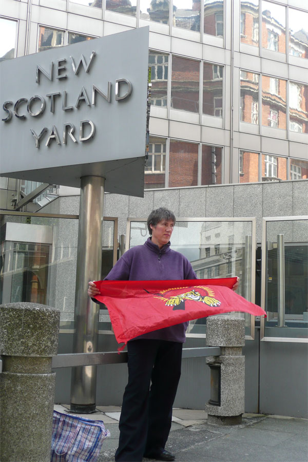 maria outside new scotland yard