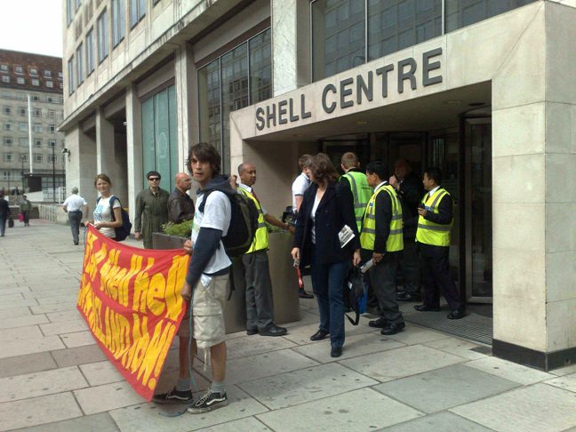 Thugs Seek Jobs at Shell HQ - UK Indymedia