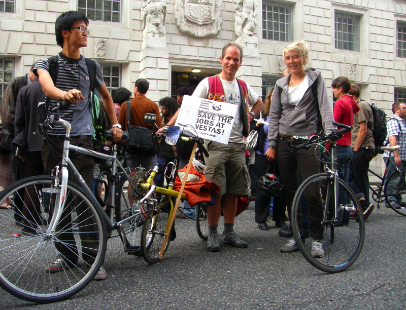 B7. Cyclists for Wind Turbines & Workers Solidarity