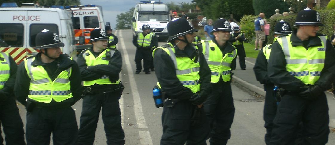 Cops help block the road...Fash wait and wait!