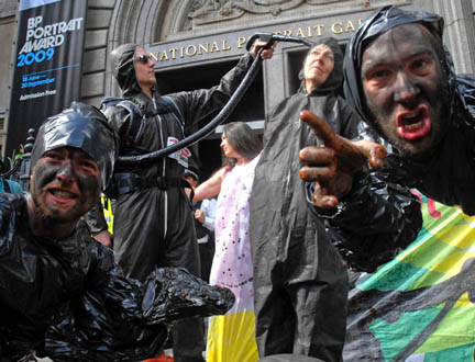 Tar Sands Monsters sliming outside BP's greenwash partner - the National Gallery