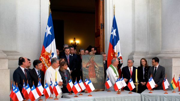 Chilean President Pinera leading prayer service for trapped Chilean miners