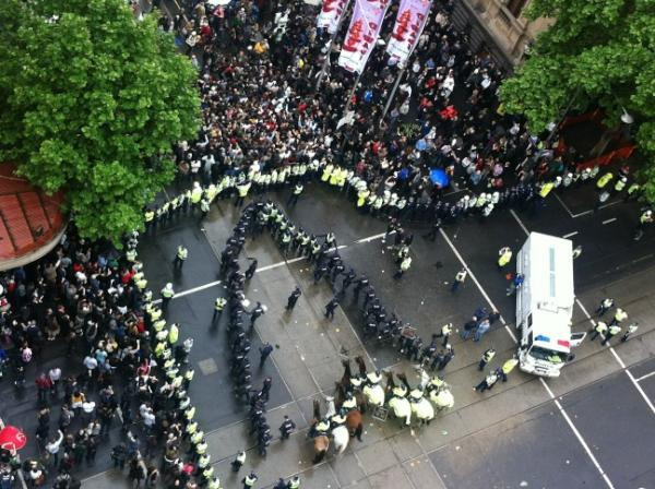 Attack on Occupy Melbourne: Police Tactics from above