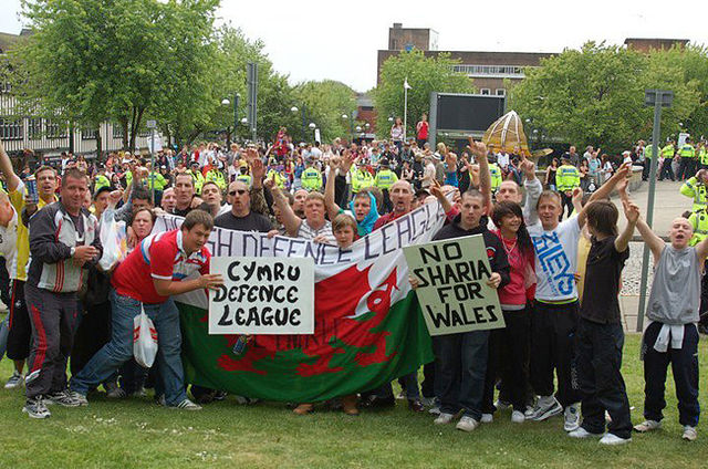WDL demo, Swansea, 17 Oct 2009 - note flag & banners