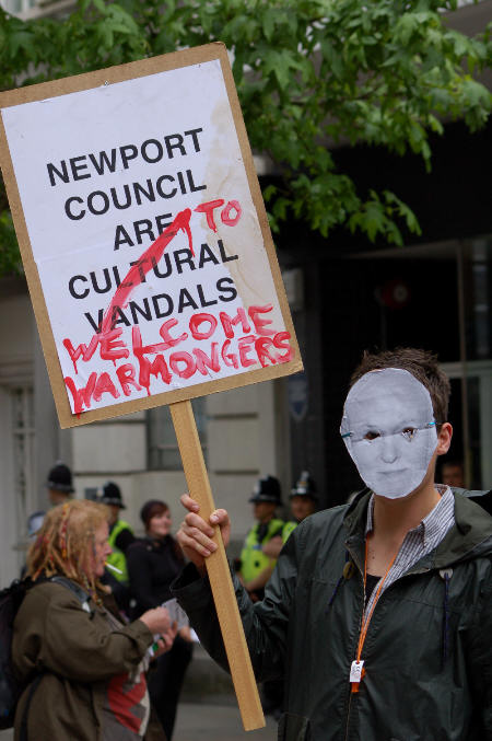 Leader of Newport Council Bob Bright welcomes warmongers